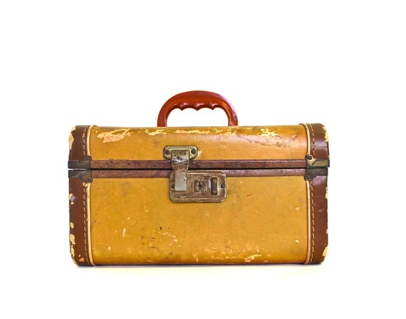 Traveling Here and There - Vintage Train Case