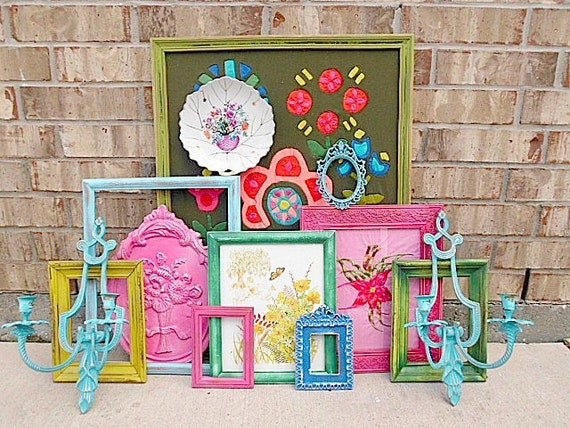 Upcycled - Cottage COLOR PUNCH - Vintage Picture Frame - Picture- Wall Art Collection - Boho CHIC