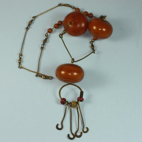 Vintage Modernist Necklace Bakelite Large Chunky Beads