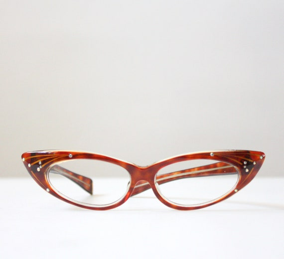 vintage glasses - 1950's tortoiseshell cat eye glasses