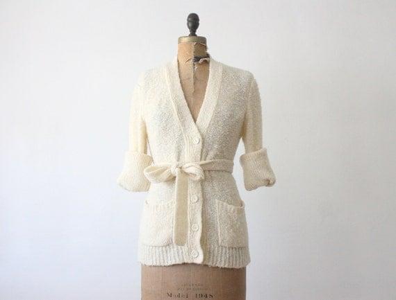 wrap sweater - 1970's cream wrap cardigan