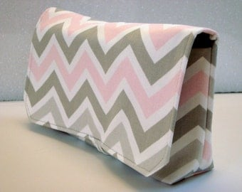Coupon Organizer Cash Budget Organizer Holder- Attaches to your Shopping Cart - Zig Zag Chevron - Gray and Pink - Bella