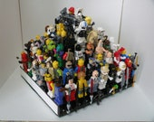 Handcrafted Wooden Star Wars Lego Minifigure Pyramid Display Shelf - White with Black  2X Lego plates and 10 weapon clips