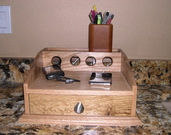 Cell Phone Charging Station- Oak