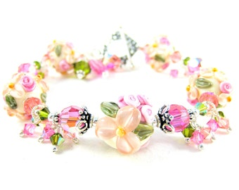 Peach Pink Flower Bracelet, Floral Jewelry Lampwork Bracelet, Nature Inspired, Cottage Chic, Pastel Peach. Glass Bracelet - Peach Blossom