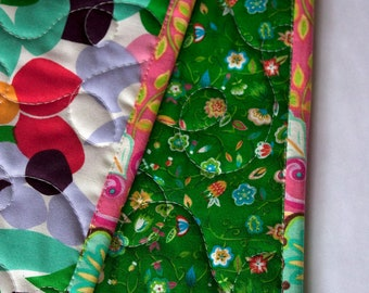 girls crib quilt in garden florals // baby girl quilt in colorful flowers // wholecloth baby quilt // READY TO SHIP