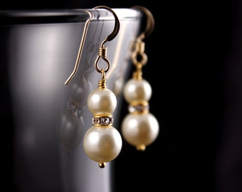 Wedding Jewelry Bridesmaid Jewelry Gold or Silver Pearl Bridesmaid Earrings Mariah