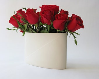 Wide Envelope Vase
