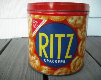 Vintage Tin Cracker Cookie Ritz