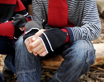 Wrist Warmers with Pop Top for Children aged 4-8 years