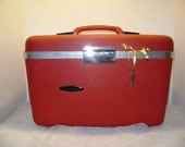 Vintage Train Case RED, Key, Tray, Mirror, Forecast Brand, Luggage, Carry On, Traincase, Suitcase, Mrs Santa Claus Christmas VacationGift