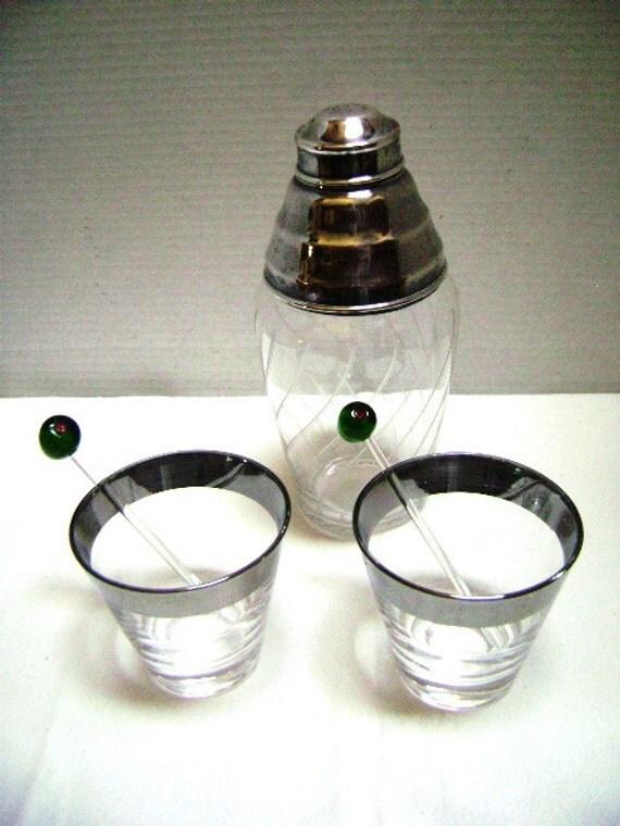 Vintage Mad Men Cocktail Set, Highball Glasses, Shaker, Silver Rim Dorothy Thorpe Style Barware, 1950 60s retro, Shaken Not Stirred Cheers