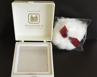 Vintage Powder Box Max Factor Geminesse Finishing Powder Vanity Beauty Bath Collectible 1960s