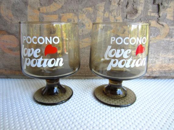 Vintage 1970s Poconos Love Potion Stem Glasses Barware