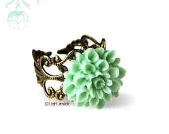 Mint Mum Ring. Light Green Flower Ring. Resin Dahlia Filigree Ring. Adjustable Cocktail Ring.