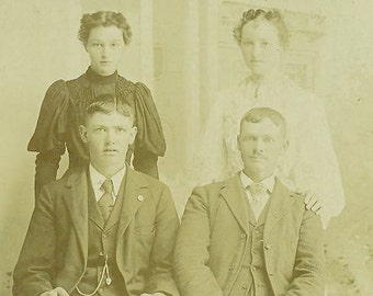 Pender Nebraska Farm Family Father Son Mother Daughter Husband Wife Antique Photo Cabinet Card Portrait Photograph