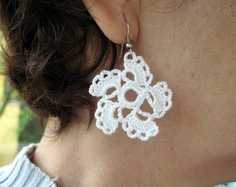 PDF Tutorial Crochet Pattern...Lace Dangle Earrings -12