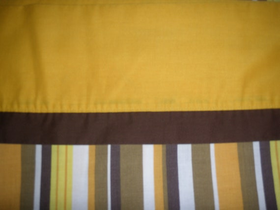 70s Stipped FULL FLAT Sheet - Reclaimed Bed Linens