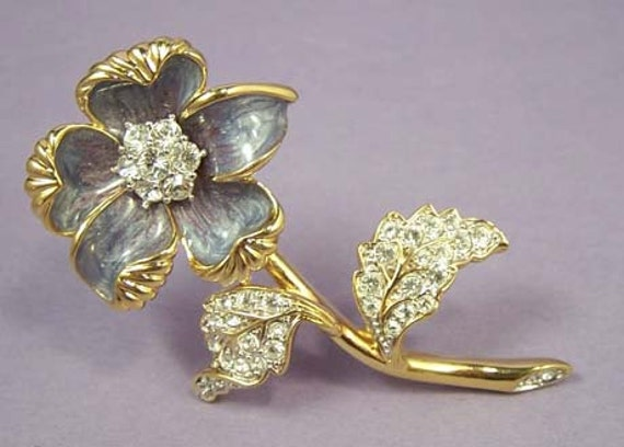 NOLAN MILLER Country Garden Flower Brooch From Glamour Collection