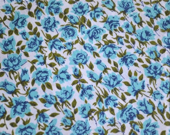Vintage Fabric - Petite Turquoise Roses - Cotton By the Yard - 35 Wide