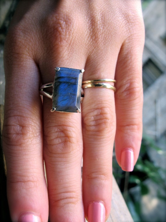 Emerald Cut Labradorite Starlet Ring