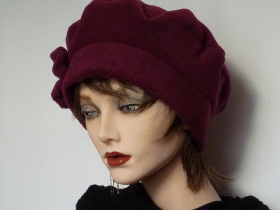 Womens Plum Fleece Hat