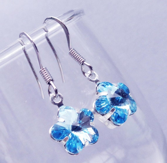 Swarovski Flower Crystal Blue Topaz Bridesmaids Earrings - Sterling Silver. Ideal For Brides Bridesmaids Flower Girl Wedding Party