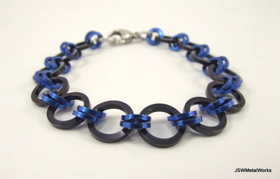 Unisex Japanese Weave Black and Blue Aluminum Bracelet, Chainmaille Bracelet, Chainmail Bracelet, Square Rings