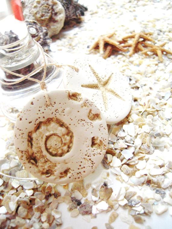 Wedding Favor Tags Beach : Beach Wedding Favor Tags Wine Charms Seashell Starfish Wedding Favors ...