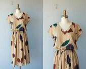 FREE SHIPPING SALE / 1970s dress / 70s dress / 70s day dress / feather print dress / leaf print midi dress / botanical print - size medium