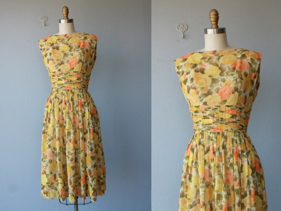 1950s dress / 50s dress / party dress / floral party dress - size small