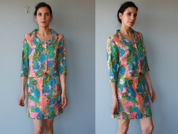 1960s suit / 60s dress / 60s skirt suit / mod floral suit / cropped suit - size small