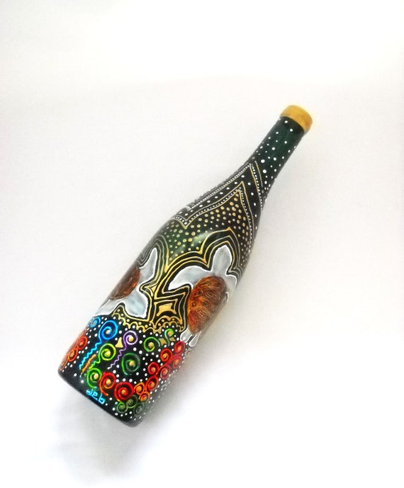 Wine Bottle hand painted, Art Vase Painted Sea Turtles, Message in a Bottle