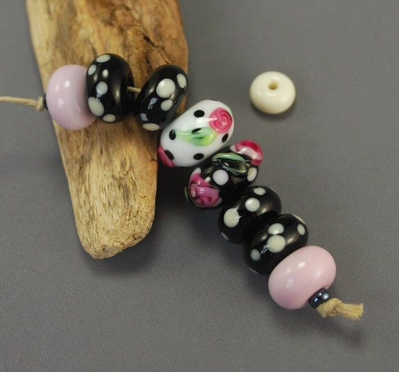 SALE 25% off - Rondelles, set of 8 glass beads, black, white, light pink, dots and roses.