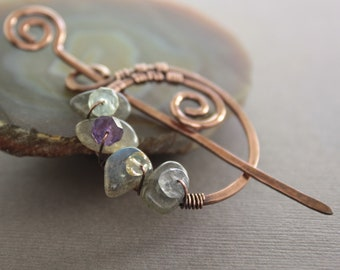 Penannular copper shawl pin or scarf pin with labradorite stones and small multicolored gemstones