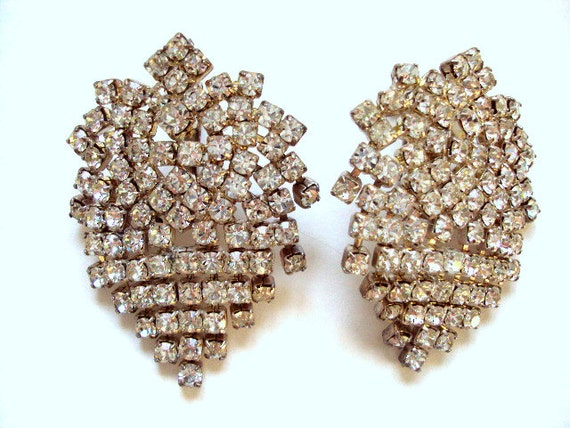 Vintage Rhinestone Earrings, Screw Back, cr. 1930, waterfall design, prong set, Attached rows   I take CREDIT CARD Reserved for Carmen