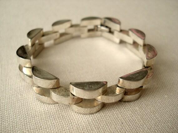 Cool Vintage Modern Sterling Silver Panther Link Bracelet