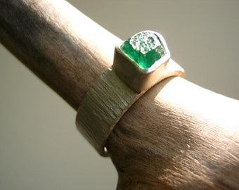 Rough Raw Emerald Ring on Rustic Birch Bark Band - Sterling and Pure Silver