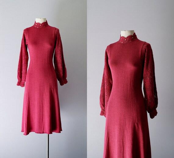 70s dress / 1970s crochet knit dress / Rhubarb dress