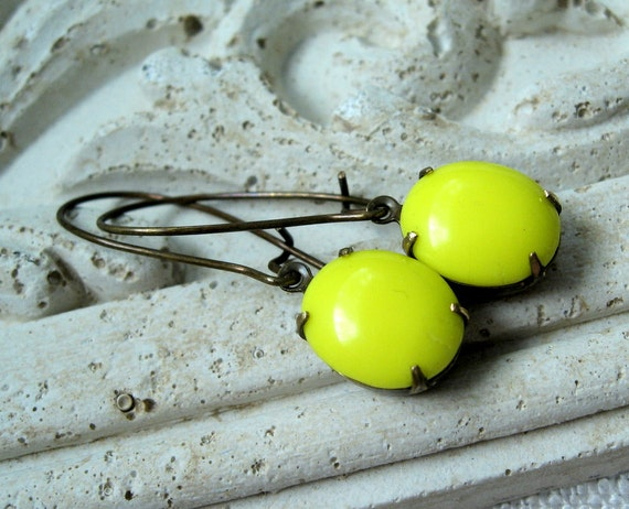 Yellow Earrings, Vintage Lemon Yellow Glass Jewels, Neon, Bright Yellow, Antiqued Brass Earwires