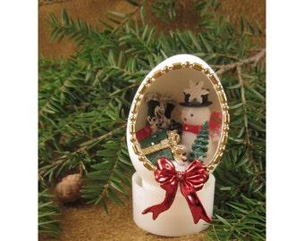 Shop Till You Drop Snowman Holiday Diorama Egg Decoration