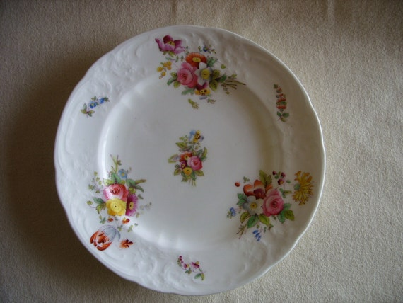 """COALPORT ENGLAND CHINA -- Set of 4 -- 8 3/8"""" Luncheon plates -- vintage Sevres Group"""