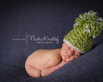 Crochet Newborn Pom Pom Hat, Newborn Photo Prop, Crochet Driftwood Hat, Holidays, Cristmas