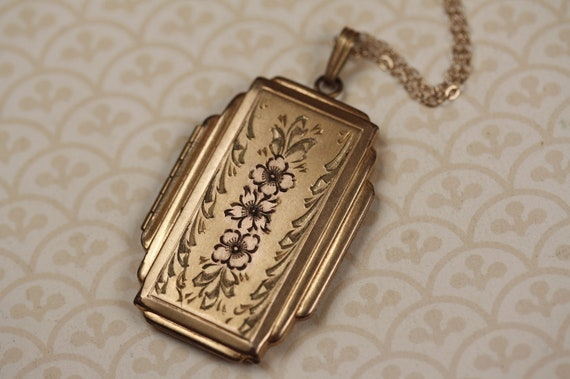 Long Yellow and Rose 10kt Gold Filled Locket Necklace with Geometric Shape, Large Floral, Rectangle, Vintage Jewelry, Green Leaves