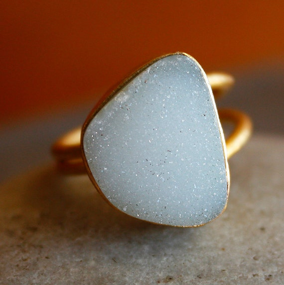 Bright White Agate Druzy Ring - Organic Shape - OOAK, Adjustable ring