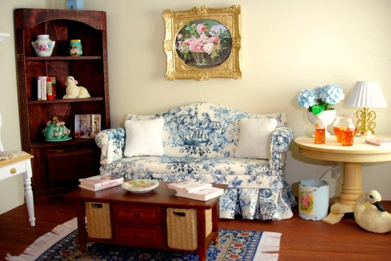 Blue Toile Chippendale Sofa For Your Dollhouse Or Room Box