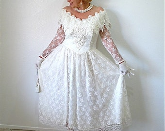 Vintage Beaded Lace  Wedding Dress Off shoulder Gown