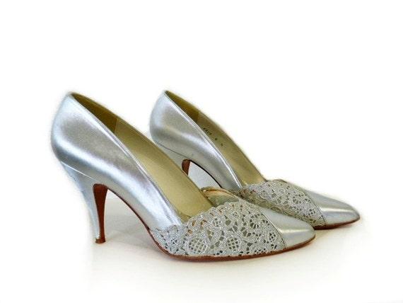 dfc56209213e9 Old School Shoes: Stuart Weitzman Shoes Vintage