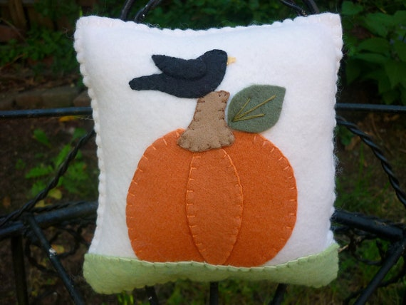 Wool Felt Pillow Pumpkin Crow Primitive Prim October