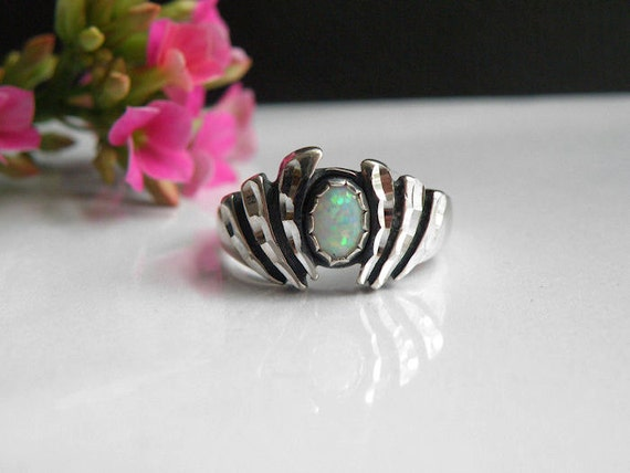 Vintage Native American Signed Sterling Silver 925 Opal Modern Ring Size 8